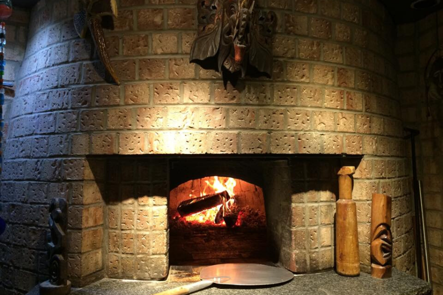 Four à pizza du Resto-bar Zool